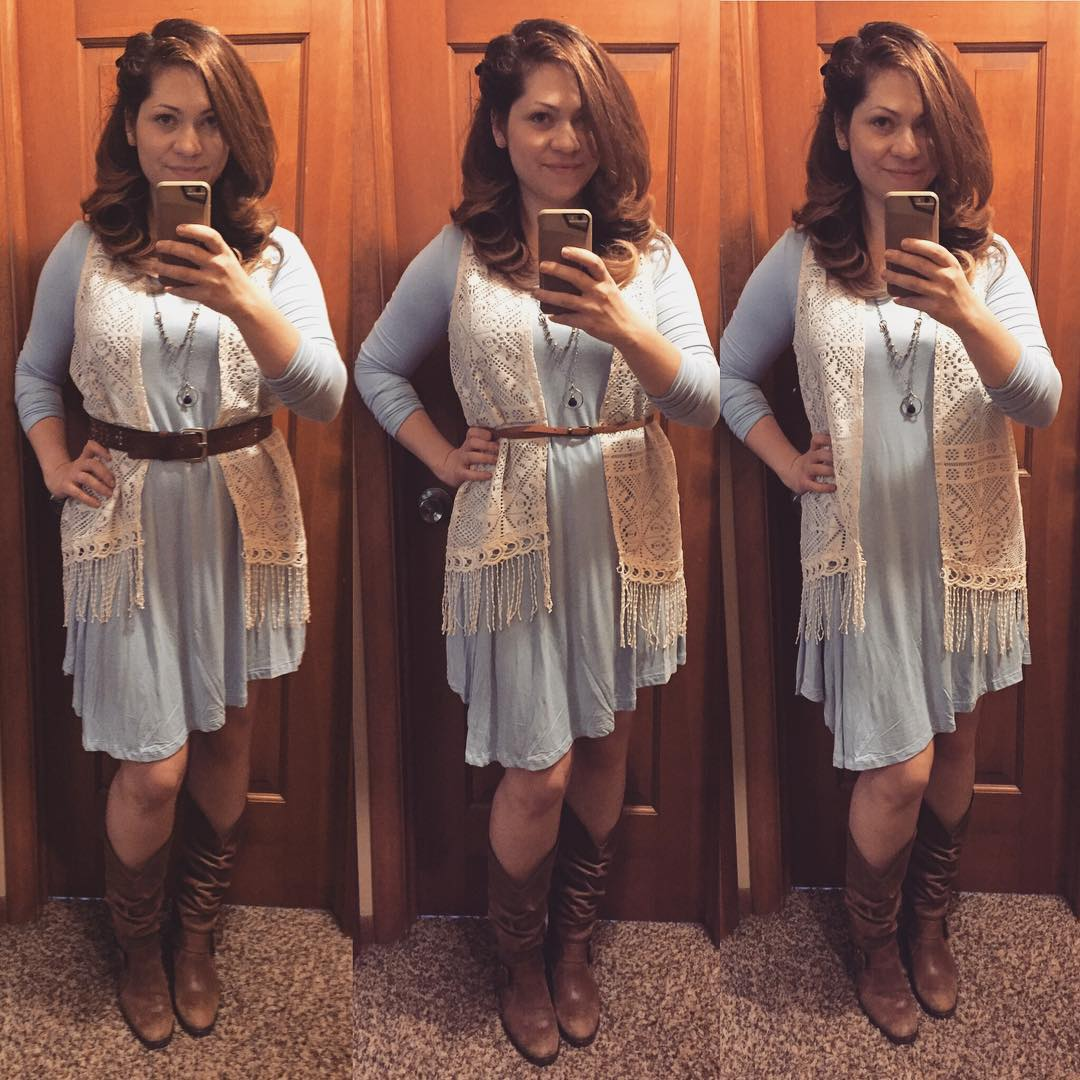 Soft and Casual Swing Dress for Fall: Belt or No Belt?
