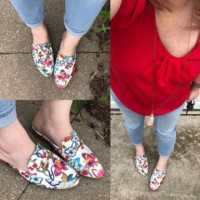 OOTD // Embroidered Mules FTW!